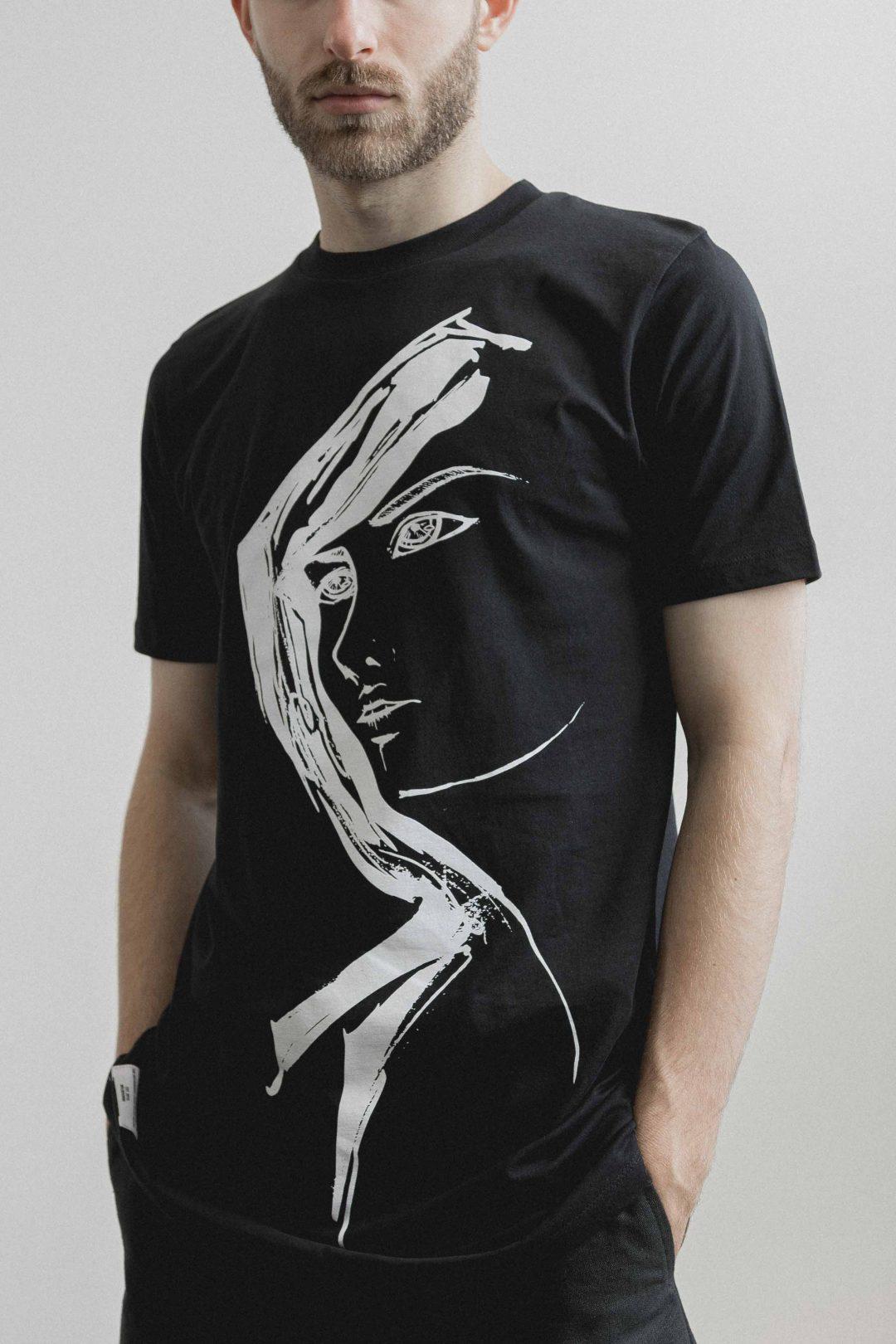 kodama apparel - akira long tee black3