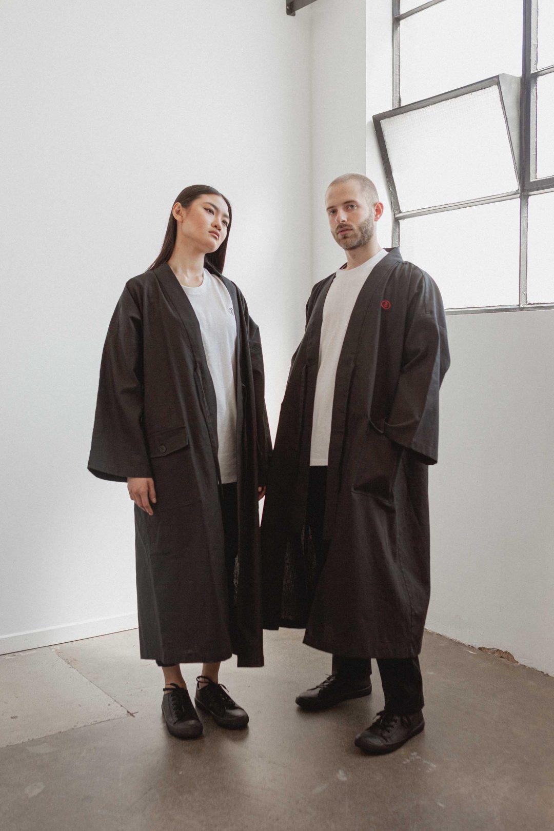kodama apparel - edo long coat black2